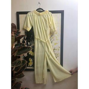 🌼NewToCloset Vtg pajamas w/ fuzzy fur trim